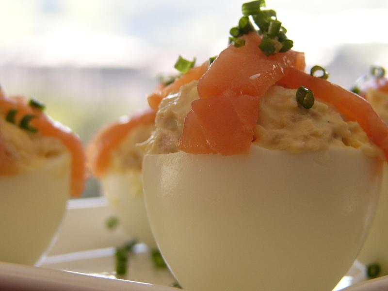 Huevos rellenos